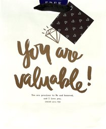 Gift Bag Medium: You Are Valuable (Incl Two Sheets Tissue Paper & Gift Tag, Gold Foil) (Sadie Robertson Gift Products Series)
